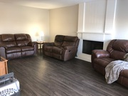 Shared 1050 sq ft 2 bed apartment in Palliser area